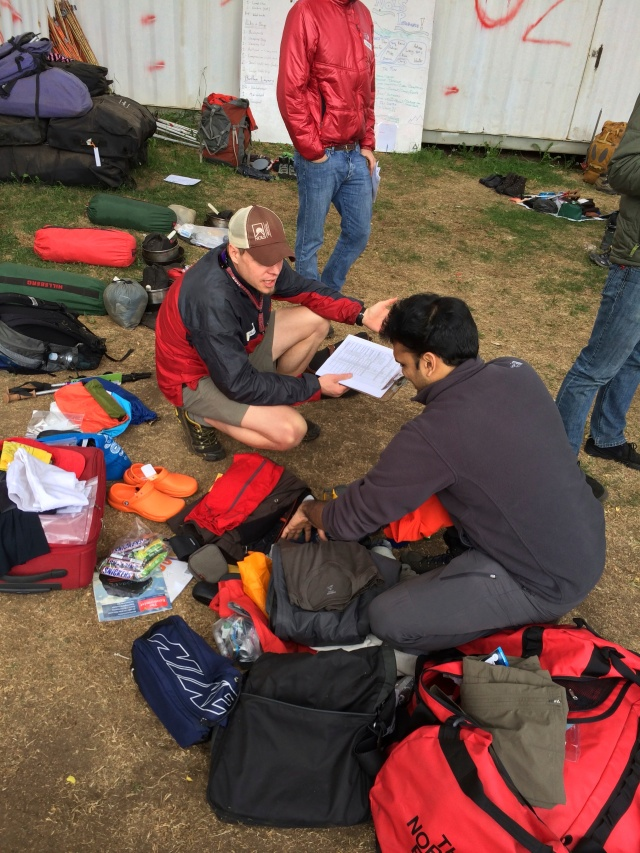 Getting advice from a NOLS instructor on what to pack